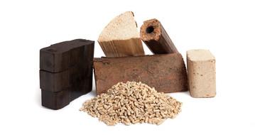 Holz und Briketts